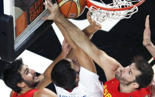 Η Γαλλία με 50 ριμπάουντ έναντι 28 της Ισπανίας, πήρε πανάξια μια ιστορική πρόκριση μέσα στη Μαδρίτη και θα αντιμετωπίσει τη Σερβία στον ημιτελικό.