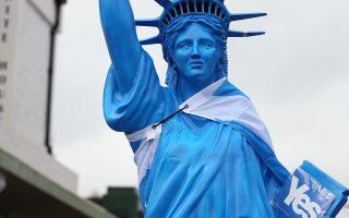 Αγαλμα της Ελευθερίας υπέρ του «ναι» στο προάστιο Νίντρι του Εδιμβούργου.
