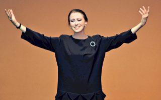 Η Μάγια Πλισέτσκαγια, μια από τις σημαντικότερες μπαλαρίνες του 20ού αιώνα. «Εργάστηκα σκληρά, όμως αγαπώ να χορεύω και λατρεύω τη σκηνή», δηλώνει στην «Κ».
