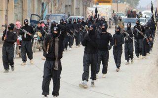 Περισσότεροι από 400 πολίτες της Αλβανίας και του Κοσόβου, αλλά και εκατοντάδες άλλοι από την ΠΓΔΜ και τη Βοσνία, επανδρώνουν ήδη τις γραμμές του ISIS.