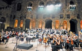 H μαγική σκηνή με τη φωνή της Mαρίας Kάλλας στην «Kάστα Nτίβα» του Mπελίνι. H Oρχήστρα της EΛΣ και το Hρώδειο κρατούν την αναπνοή τους (φωτογραφίες Eλένη Mπίστικα, «K» 21/9/2014).