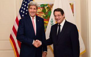 Το αυξημένο αμερικανικό ενδιαφέρον επιβεβαιώθηκε τις προηγούμενες ημέρες κατά τη διάρκεια της Γενικής Συνέλευσης των Ηνωμένων Εθνών και με αποκορύφωμα τη συνάντηση του Κύπριου προέδρου, Νίκου Αναστασιάδη, με τον υπουργό Εξωτερικών των ΗΠΑ, Τζον Κέρι.