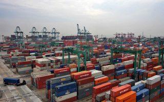 Ο ρυθμός ανάπτυξης του διασυνοριακού εμπορίου αναμένεται να αγγίξει το 8% το 2016, εκτιμά η HSBC.