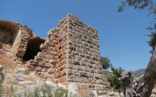 Αποψη της χαρακτηριστικής ισοδομικής κατασκευής του φρουρίου.