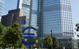 Οταν ο Σόιμπλε αποφάσισε να προχωρήσει με το μη εθελοντικό PSI, υπήρχαν πολλές αντιδράσεις εντός της ΕΚΤ.