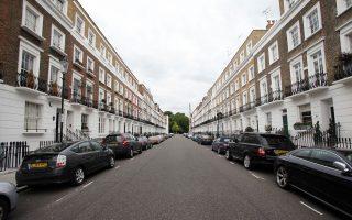 Οι συνεχείς αυξήσεις των τιμών αγοράς κατοικιών στη χώρα έχει οδηγήσει πολλά νοικοκυριά στην επιλογή της ενοικίασης, καθώς δεν έχουν την αγοραστική δύναμη για την απόκτηση κατοικίας.