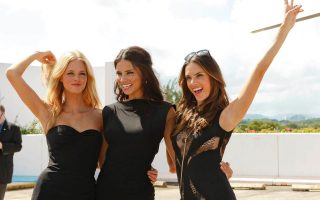 Victoria's Secret Angels look stunning as they fly into Puerto Rico