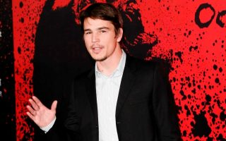 Josh Hartnett at the premiere of 30 Days of Night in Hollywood at the Chinese Grauman's Theatre.<P><noscript><img width=