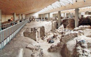 Ο χώρος του Ακρωτηρίου, έχει αποκαλύψει μέχρι σήμερα, ορισμένες από τις ωραιότερες αρχαίες τοιχογραφίες στον κόσμο.