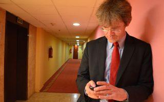 Η διεθνοποίηση των διαδικτυακών υπηρεσιών αυξάνει συνεχώς τον βαθμό δυσκολίας επιβολής της νομιμότητας, λέει ο κ. Ράνενμπεργκ.