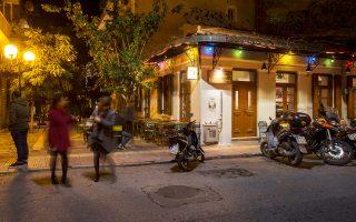 Μεταξουργείο: καλά εστιατόρια, γκαλερί, καφενέδες, ουζερί και μεζεδοπωλεία, γεμάτα από πολύβουες παρέες