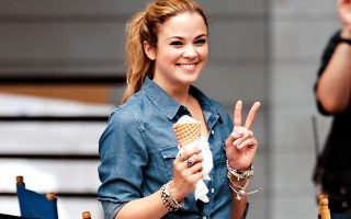 Lenay Dunn seen wearing stripes and cowboy boots while eating ice cream in NYC.<P><noscript><img width=