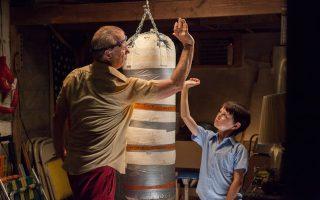 Ο Μπιλ Μάρεϊ και ο μικρός Τζέιντεν Λίμπερερ στο «St. Vincent ο αγαπημένος μου Αγιος».