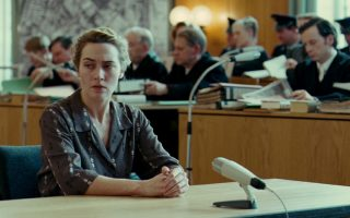 Η Κέιτ Γουίνσλετ στην ταινία «Διαβάζοντας στη Χάνα» υποδύεται μια ναζί εγκληματία πολέμου. Τη δράση, το προφίλ, τον ρόλο που έπαιξαν πολλές Γερμανίδες στον Β΄ Παγκόσμιο Πόλεμο αποκαλύπτει η Γουέντι Λόουερ στο βιβλίο «Οι Μαινάδες του Χίτλερ – Ο ρόλος των Γερμανίδων στα πεδία θανάτου των ναζί».