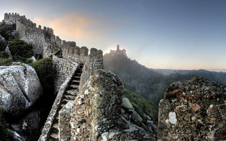 Από το Μαυριτανικό κάστρο βλέπει κανείς μέχρι τον Ατλαντικό ωκεανό. (Φωτογραφία: PSMLEMIGUS)