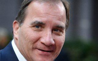 Ο σοσιαλδημοκράτης Στέφαν Λεβέν συμφώνησε με τους ηγέτες άλλων έξι κομμάτων να μην οδηγηθει η Σουηδία σε πρόωρες εκλογές.