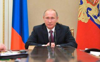 Το σχέδιο του κ. Πούτιν για την οικονομία μπορεί να συνοψισθεί σε δύο ιστορικά θεμελιώδεις παράγοντες: το ψωμί και τη βότκα.