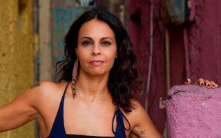 Η ξεχωριστή Βραζιλιάνα ερμηνεύτρια Μπάρμπαρα Μέντες έρχεται στο Half Note για τέσσερις εμφανίσεις.