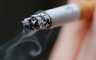 Ο καρκίνος του πνεύμονα προκαλείται από το κάπνισμα, λένε οι ειδικοί, και δεν είναι θέμα «τύχης» ή -καλύτερα- τυχαίων μεταλλάξεων, όπως συμβαίνει με άλλες μορφές καρκίνου.
