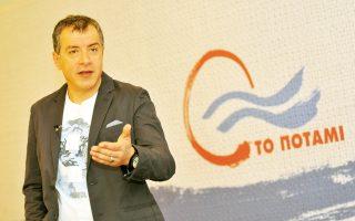 Ο κ. Θεοδωράκης (φωτ) μπορεί να αποτελέσει την έκπληξη των εκλογών