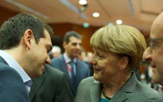 Την πρώτη τους γνωριμία είχαν χθες ο κ. Αλέξης Τσίπρας και η κ. Αγκελα Μέρκελ στις Βρυξέλλες. Στον σύντομο διάλογο που διημείφθη, η Γερμανίδα καγκελάριος συνεχάρη τον πρωθυπουργό και ευχήθηκε να υπάρχει καλή συνεργασία. «Το ελπίζω», απάντησε ο κ. Τσίπρας.
