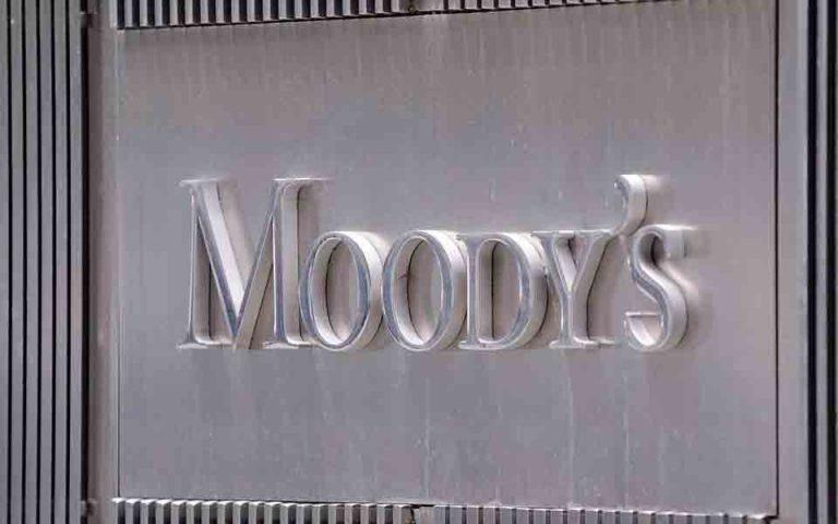 moody-s-i-anatimisi-toy-fragkoy-plittei-elvetikes-asfalistikes-2068883