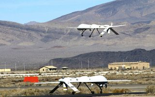 (FILES):  This September 27, 2005 file photo shows An MQ-1 Predator taking off from Creech Air Force Base in Nevada, USA.  The US military lost communication with a an MG-1 Predator drone over Syria on March 17, 2015 and is looking into claims by state media in Damascus that the robotic aircraft was shot down, officials said.  AFP PHOTO / US AIR FORCE / MASTER SGT. ROB VALENCA    == RESTRICTED TO EDITORIAL  USE / MANDATORY CREDIT: