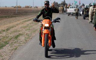 Μέλος σιιτικής πολιτοφυλακής στο Σαλαχουντίν, θέατρο σκληρών συγκρούσεων με το ISIS.