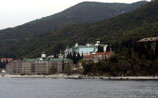 Πανηγυρικό χαρακτήρα θέλουν να δώσουν οι Ρώσοι στον εορτασμό του ρωσικού μοναστηριού και γι' αυτό την περασμένη εβδομάδα στο Αγιον Ορος μετέβη αποστολή της οποίας ηγείτο το «δεξί χέρι» του Πατριάρχη Μόσχας και πασών των Ρωσιών, ο μητροπολίτης Βολοκολάμσκ, κ. Ιλαρίων.