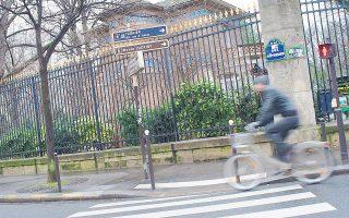 Χρειαζόταν μία γενναία δήμαρχος για μία τολμηρή αλλά λογική πρόταση: την επένδυση περίπου 150 εκατ. ευρώ ώστε να διπλασιαστούν οι ποδηλατόδρομοι.