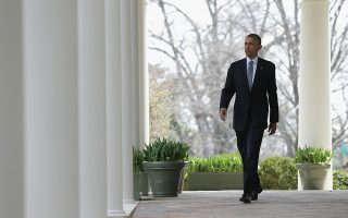 WASHINGTON, DC - APRIL 2: U.S. President Barack Obama arrives to deliver remarks on the ongoing negotiations with Iran over their nuclear program on April 2, 2015 in Washington, DC. In exchange for Iran's agreement to curb their country's nuclear proliferation, the United States would lift some of the crippling sanctions imposed.   Win McNamee/Getty Images/AFP== FOR NEWSPAPERS, INTERNET, TELCOS & TELEVISION USE ONLY ==