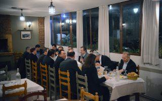 Ο πρόεδρος της Ν.Δ. Αντώνης Σαμαράς πρόκειται να συγκαλέσει σε συνεδρίαση το Πολιτικό Συμβούλιο του κόμματος της αξιωματικής αντιπολίτευσης αύριο, Παρασκευή.