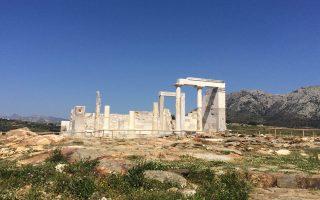 Το αρχαϊκό ιερό της Δήμητρας, κοντά στο Σαγκρί της Νάξου.