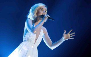 Πέντε τραγουδιστές που εκπροσωπούν τη χώρα τους στον 60ό Διαγωνισμό Eurovision 2015, στη Βιέννη, έχουν το κοινό χαρακτηριστικό ότι προέρχονται από Talent Shows, και οι πέντε πέρασαν στον ημιτελικό.  Ρωσία, η Polina Gangarina με τις «Χίλιες φωνές» είναι από το Star Academy.
