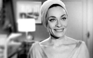 Μία από τις ωραιότερες γυναίκες του ελληνικού κινηματογράφου. Κομψότητα, στυλ και ακτινοβολία στην Ελλάδα της δεκαετίας του '60.