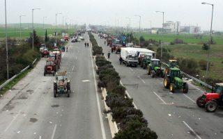Προετοιμασμένοι για κινητοποιήσεις σε πολλές περιοχές σε όλη την Ελλάδα δηλώνουν οι αγρότες.