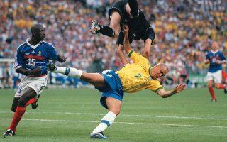 Σάρκα και οστά παίρνουν οι φήμες για την κατ' ανάγκη χρησιμοποίηση του Ρονάλντο στον τελικό του 1998.