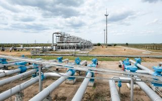 Ο συντονιστής του Στέιτ Ντιπάρτμεντ για την ενέργεια, Εϊμος Χόκσταϊν εξέφρασε στην κυβέρνηση, την έντονη ανησυχία της Ουάσιγκτον για το ενδεχόμενο να επιλέξει η Ελλάδα να συνδεθεί με τον αγωγό Turkish Stream που θα μεταφέρει ρωσικό αέριο.