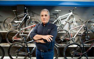 ideal-bikes-90-chronia-podilatades0