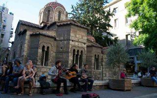 Ο ναός της Καπνικαρέας περιλαμβάνεται στους 17 σταθμούς του Open Walk πoυ διοργανώνουν οι atenistas την Κυριακή.
