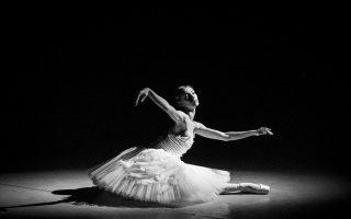 «Ο θάνατος του κύκνου» ήταν μία από τις μεγάλες επιτυχίες της Μάγια Πλισέτσκαγια. «Η Πλισέτσκαγια είναι ο τελευταίος ζωντανός θρύλος του χορού», έλεγε ο Μορίς Μπεζάρ.