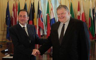 Με τον κύριο Τζιάνι Πιτέλα, πρόεδρο της Ομάδας των Σοσιαλιστών στο Ευρωπαϊκό Κοινοβούλιο, συναντήθηκε χθες ο κ. Ευάγγελος Βενιζέλος.