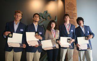 Οι Ελληνες μαθητές κερδίζουν πολλά βραβεία σε διεθνείς διαγωνισμούς. Φέτος, δεν θα έχουν την ευκαιρία να συμμετάσχουν.