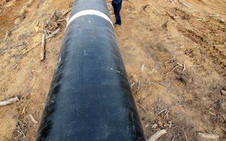 Ο αγωγός Greek Stream σχεδιάζεται ως προέκταση του Turkish Stream για τη μεταφορά ρωσικού αερίου μέσω Ελλάδας στην Ευρώπη.