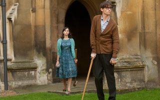 Ο Eddie Redmayne και η Felicity Jones, ως Stephen και Jane Hawking στην ταινία 'Η Θεωρία  των Πάντων' (2014).