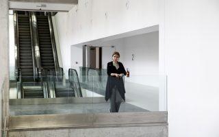 Επιτέλους στο Φιξ! Η διευθύντρια του ΕΜΣΤ, Κατερίνα Κοσκινά, επισημαίνει ότι «τα πάντα εξαρτώνται από την ταχύτητα και τη δυνατότητα της πολιτείας να ανταποκριθεί άμεσα και από τη δική μας αντοχή και το πείσμα». (Φωτογραφία: Μενέλαος Μυρίλλας)