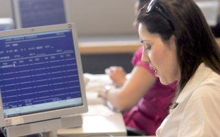 Με το ΓΕΜΗ μειώθηκε το κόστος για τις επιχειρήσεις, αλλά και οι χαμένες εργατοώρες, δεδομένου ότι πλέον υπάρχει δυνατότητα ηλεκτρονικής υποβολής των δικαιολογητικών.