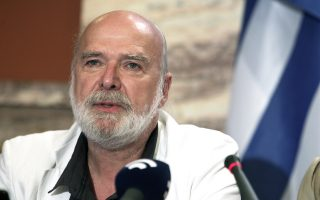 Ο κύριος Ερίκ Τουσέν, που μηδένισε το ελληνικό χρέος. Δυστυχώς στη φωτογραφία δεν διακρίνονται τα σανδάλια του.
