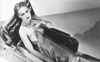 Μάν Ρέι θα δούμε εφέτος στην Ανδρο με γνωστές φωτογραφίες που υπάρχουν σε κάθε έκδοση της ιστορίας της τέχνης και με λιγότερο διάσημες λήψεις που απεικονίζουν πάντα το γυναικείο φύλο. Τίτλος της έκθεσης «Τα πρόσωπα της Γυναίκας».