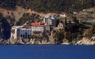 Η Ι.Μ. Διονυσίου. Ολο και περισσότεροι Τούρκοι ζητούν να πάνε στο Αγιον Ορος.